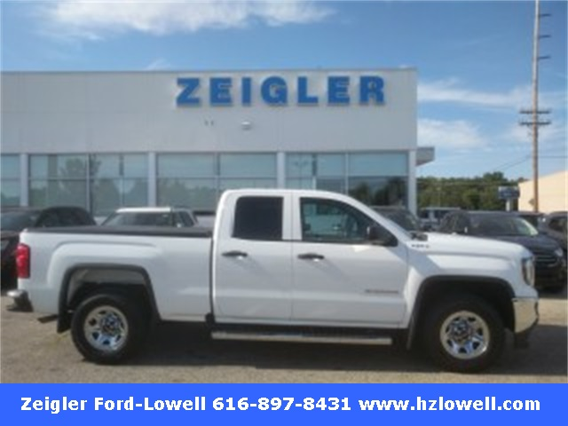 Pre Owned 2017 GMC Sierra 1500 Base
