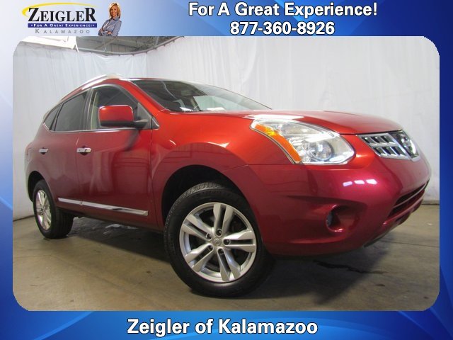 Good Pre Owned 2012 Nissan Rogue SV