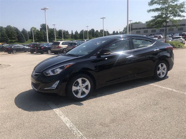 2016 Hyundai Elantra Value Edition >> Pre Owned 2016 Hyundai Elantra Value Edition 4d Sedan In Schaumburg